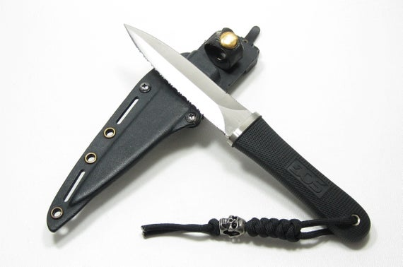SOG Specialty Knives Double Edged Pentagon Commando Tactical