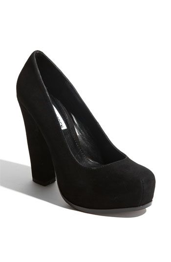 Steve Madden 'Sarrina' Pump. My type of heel - nice and chunky ...