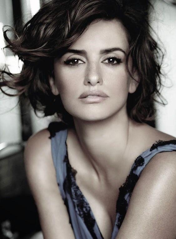 Penelope Cruzt by Mario Testino