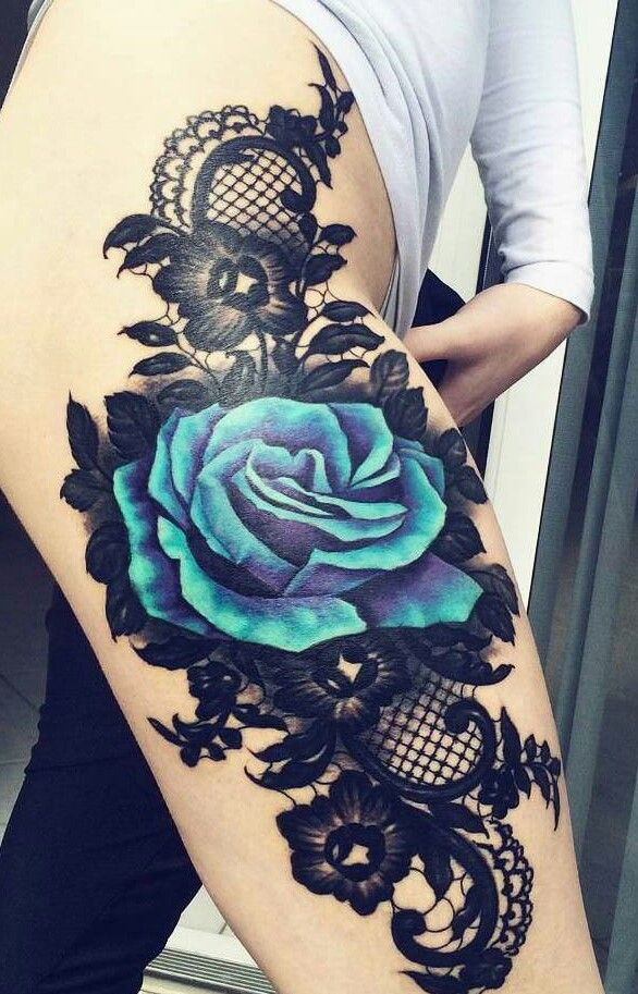 1e3b6bdb9 An amazing thigh piece. Blue rose and lace | Tattoo | Flower thigh ...