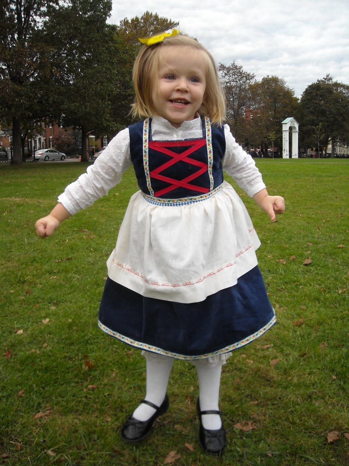 Goldilocks costume costume ideas pinterest goldilocks goldilocks costume solutioingenieria Image collections