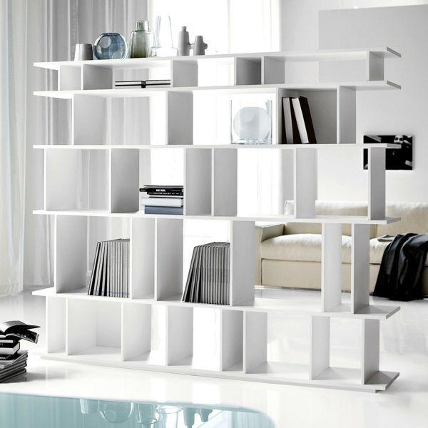 wei e regale als trennwand im wei en zimmer interessant 42 kreative raumteiler ideen f r ihr. Black Bedroom Furniture Sets. Home Design Ideas