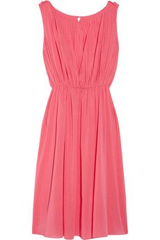 for a summer evening rendezvous ++ meryl pleated silk blend chiffon dress ++ alice olivia