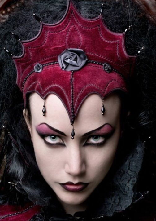Halloween Makeup for Teen Girls A Guide to Looking Scary Fabulous - cool halloween ideas