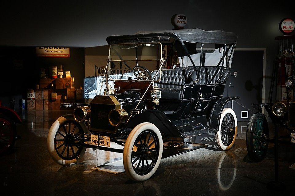 1910 Ford Model T Car At Bill Richardson Transport World For More Info Visit Transportworld Nz Ford Models Antique Cars