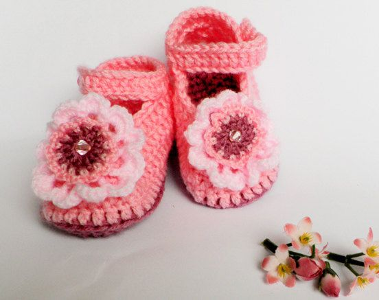 Crocheted children slippers in pink and raspberry  @ Afshan Shahid