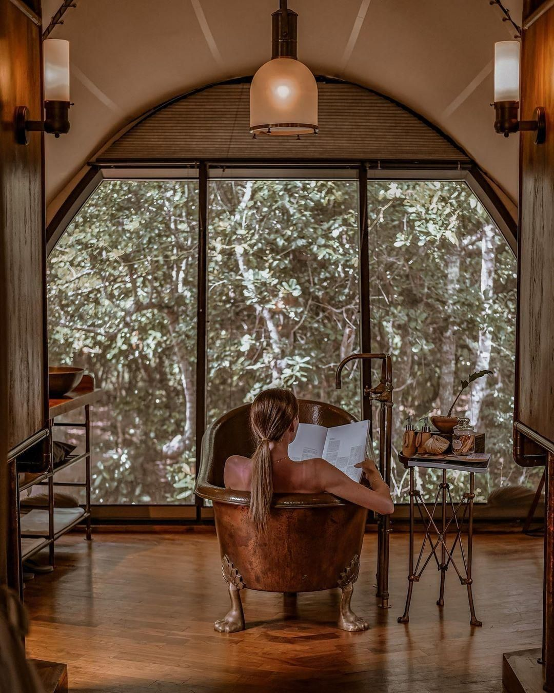Luxury in the wilderness 🐆 . 📍Wild Coast Tented Lodge - Yala #travel #trip #travelphotography #adventure #paradiceisland #trip #roadtrip #adventure #siliene #traveling #adventuretravel #aroundtheworld #beautifulplace #savetourism
