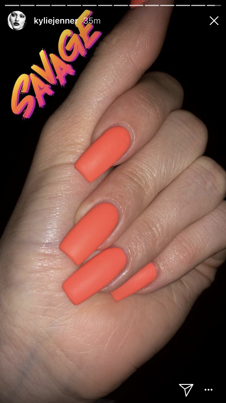 kylie jenner orange matte nails