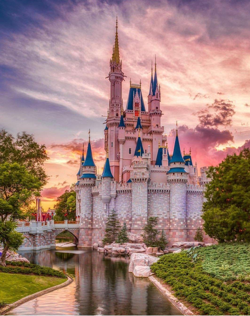 Cinderella S Castle Disney World Pictures Disney Phone Backgrounds Disney Background