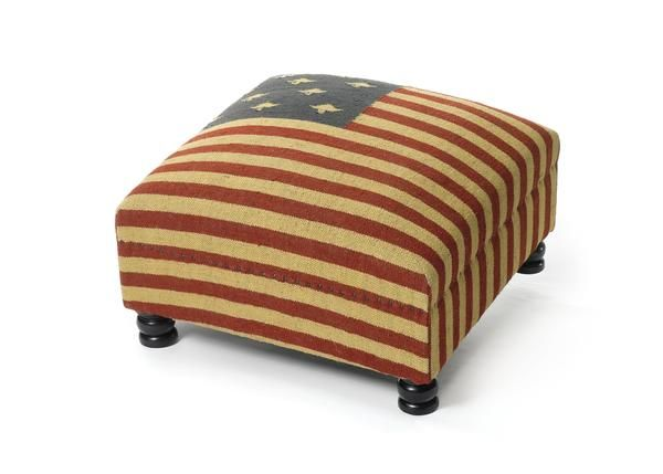 Superb Patriot Bench Ottoman With Rustic Flag Pattern Ottomans Theyellowbook Wood Chair Design Ideas Theyellowbookinfo