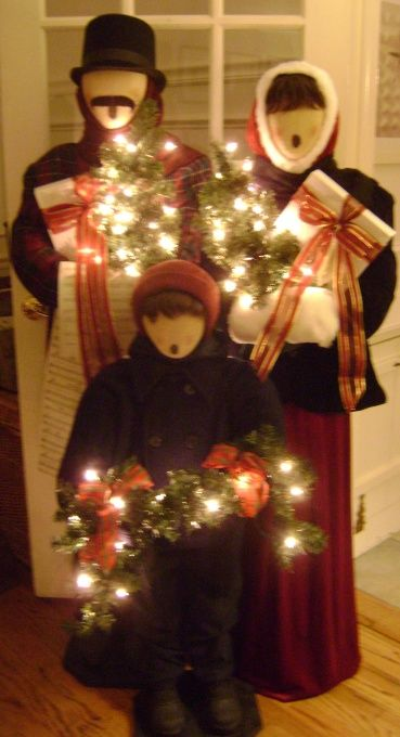 Carolers Natal dos sonhos Pinterest Battery operated