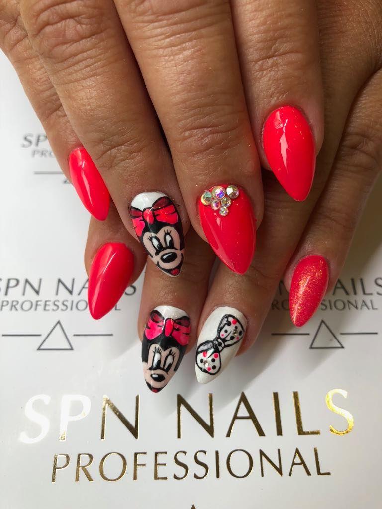 Dla Fanow Myszki Miki I Disneya Recznie Malowane Paznokcie Hybrydowe Nails Instagram Beauty