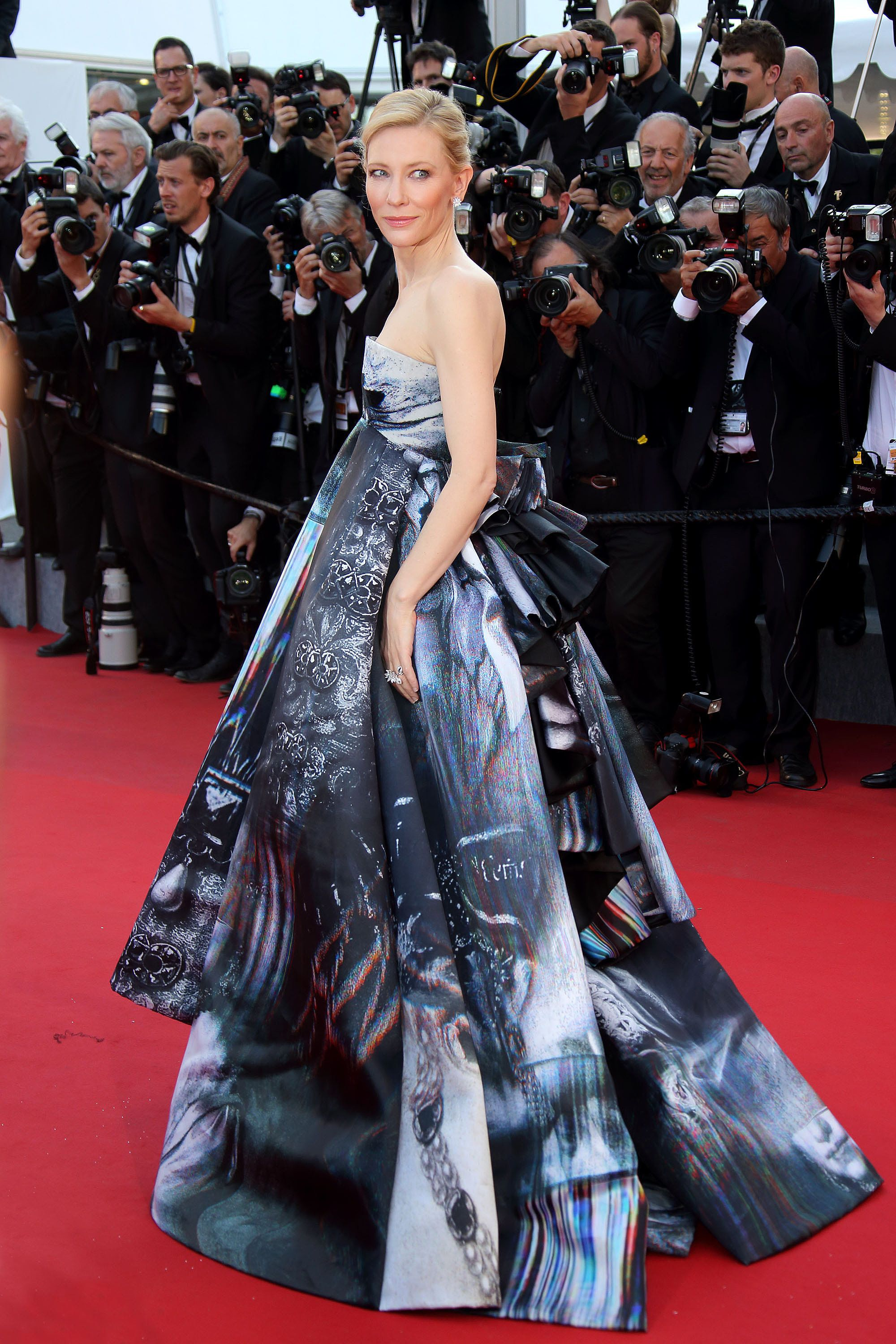 Dreamy: The 33 Most Gorgeous Cannes Looks of All Time