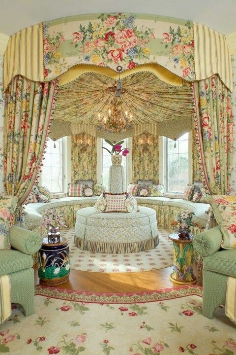 Sitting Room Decoration Baroque Victorian Home Decor Style Homes Interiors