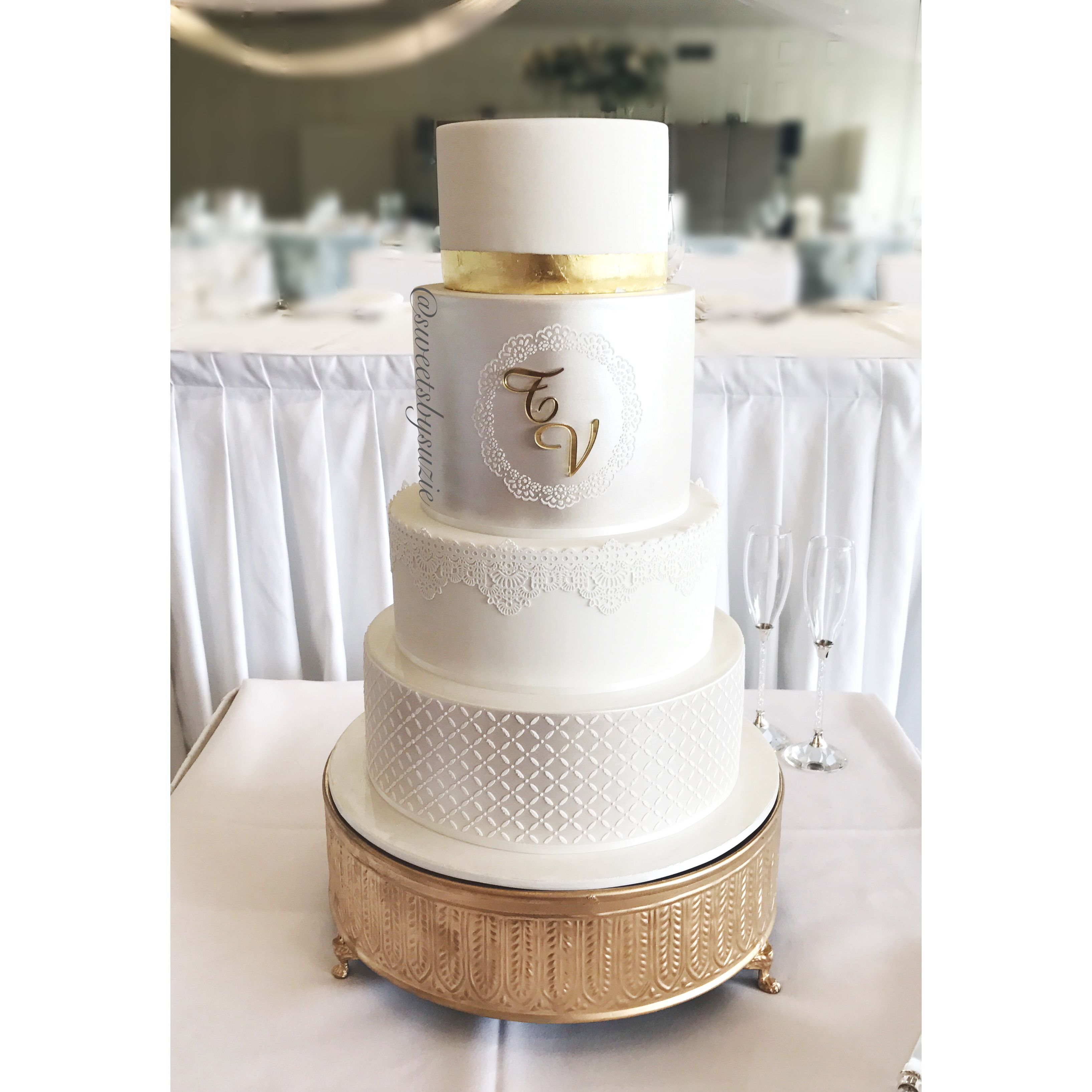White and gold wedding cake made by SweetsBySuzie in Melbourne ...