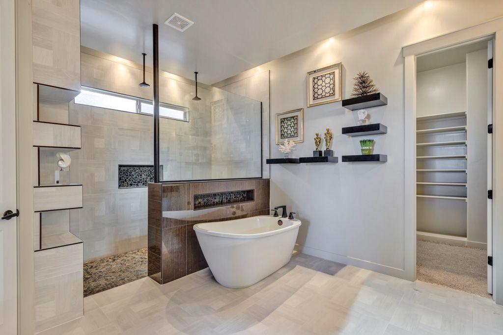 ICON Custom Home Builder-El Paso Texas | Bathroom design ...