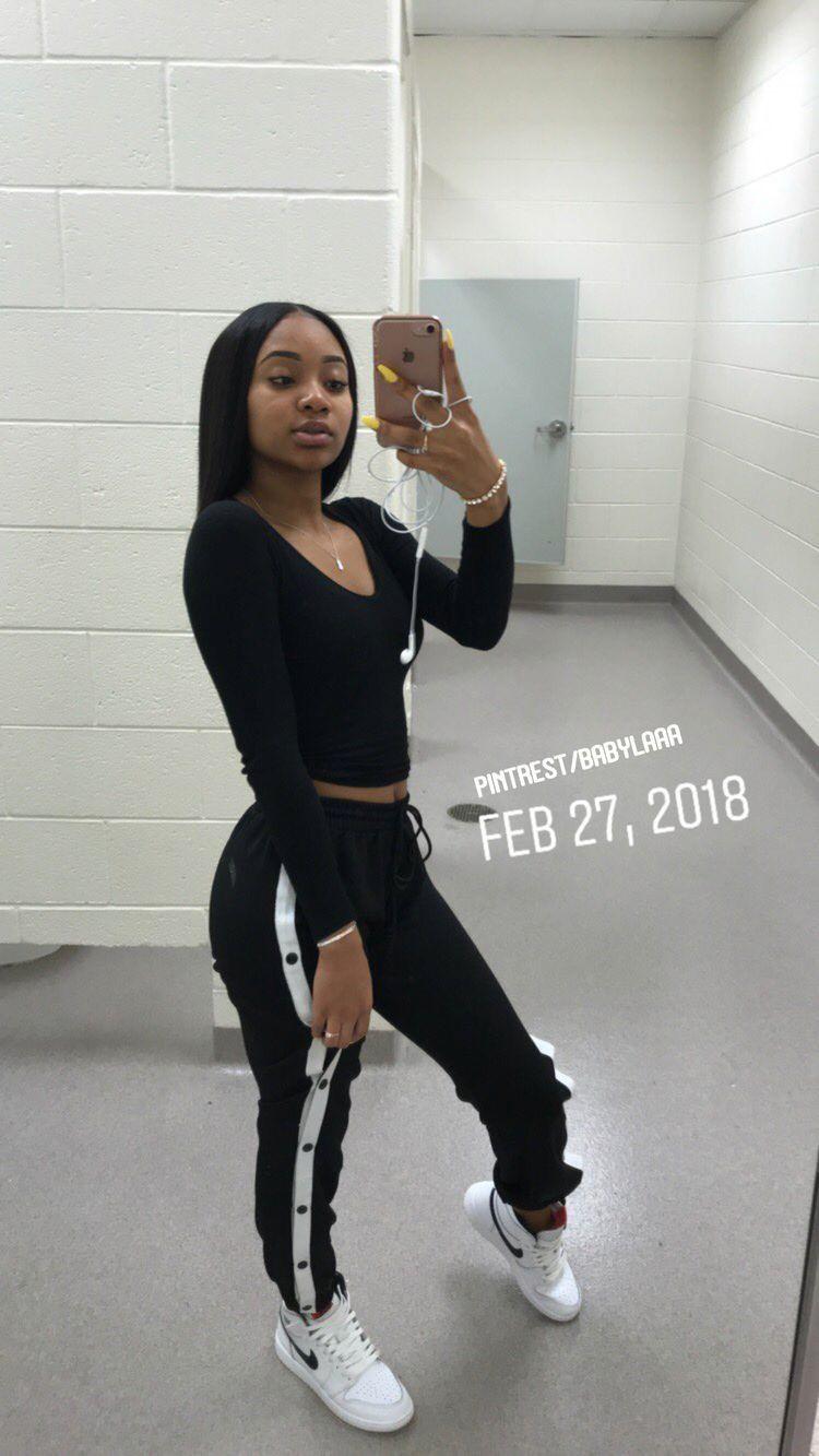 Pin By Moodall2k19 On F A H I O N Black Girl Outfits Teenager