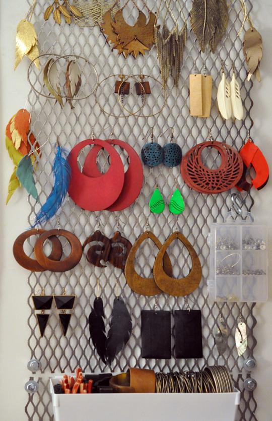 Chunky jewelry storage hack