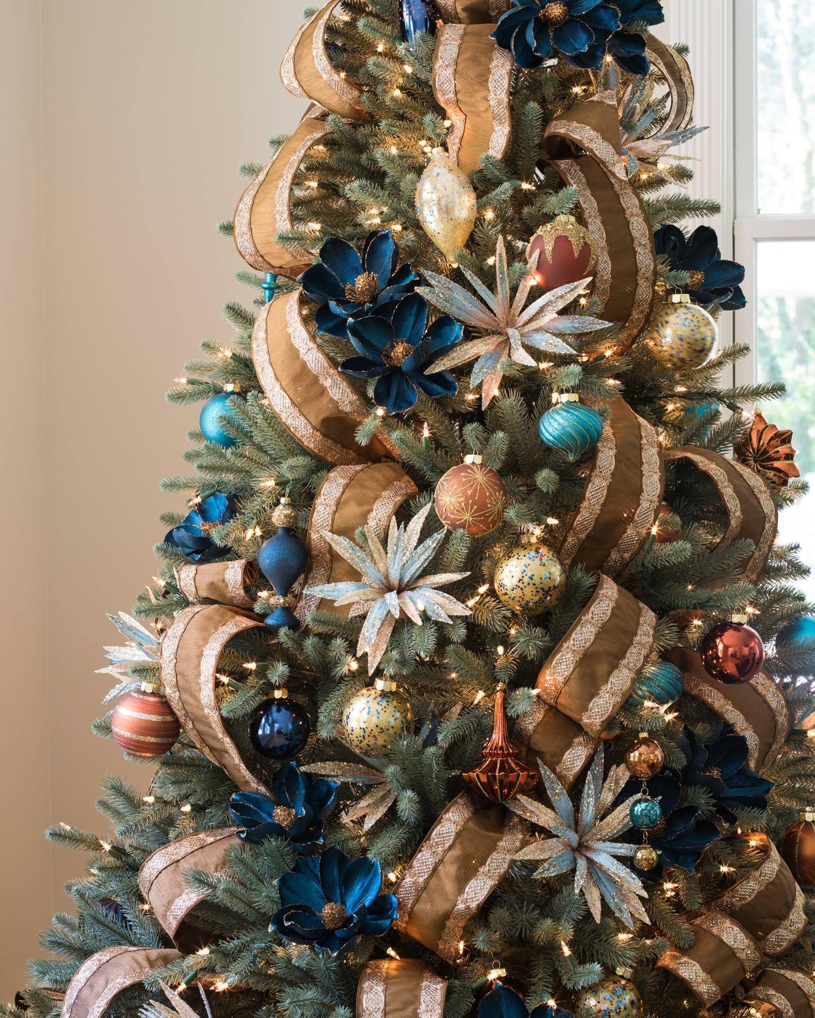 Silver And Platinum Christmas Tree Ribbon Balsam Hill Ribbon On Christmas Tree Gold Christmas Decorations Traditional Christmas Tree