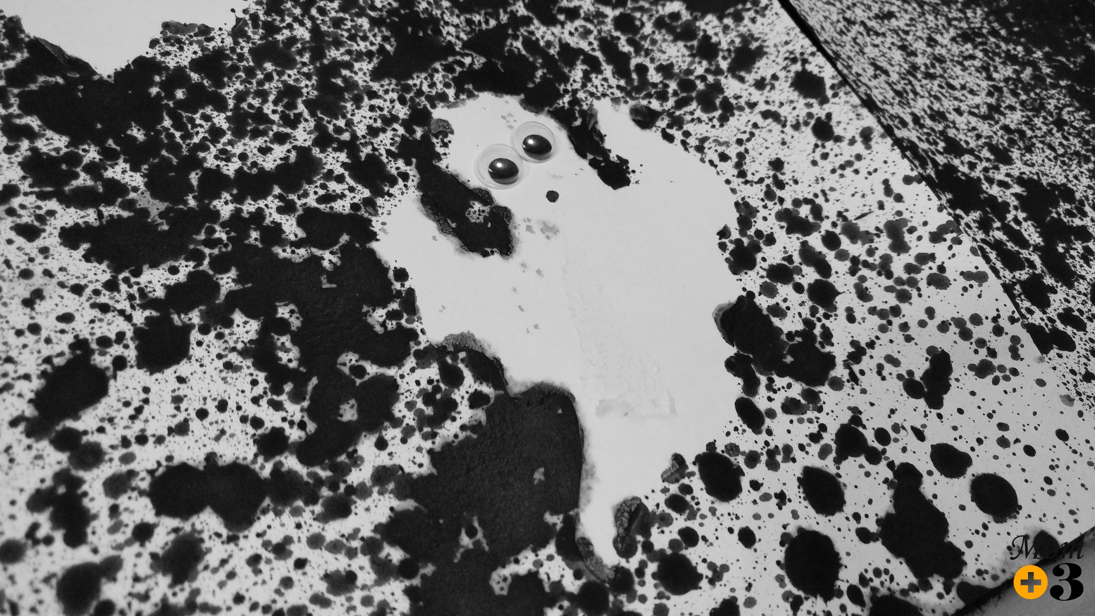 Get Spooked By This Spray Bottle Ghost Art Project