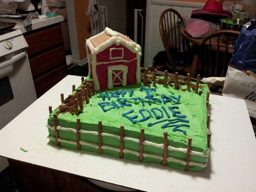 Eddies barnyard cake