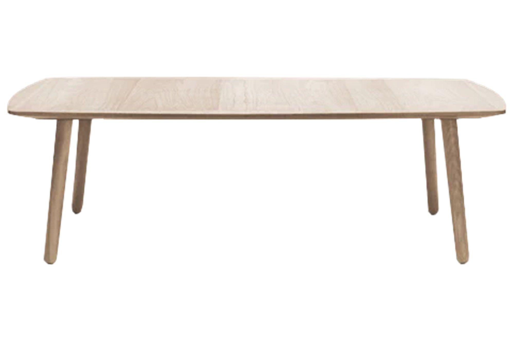 Wake er dansk møbeldesign på sitt beste. Håndlaget i Danmark av de beste materialene med en klar referanse til dansk møbelkunst fra 1950- og 1960-tallet. Serien består av spisebord, skjenk og sofabord.