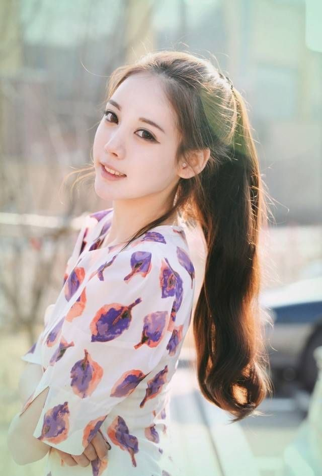 1435561008 Korean Girls Hairstyle High Ponytail Hair Style