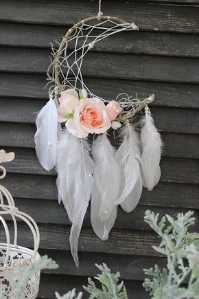 Bohemian Baby Shower Ideas #dreamcatchers