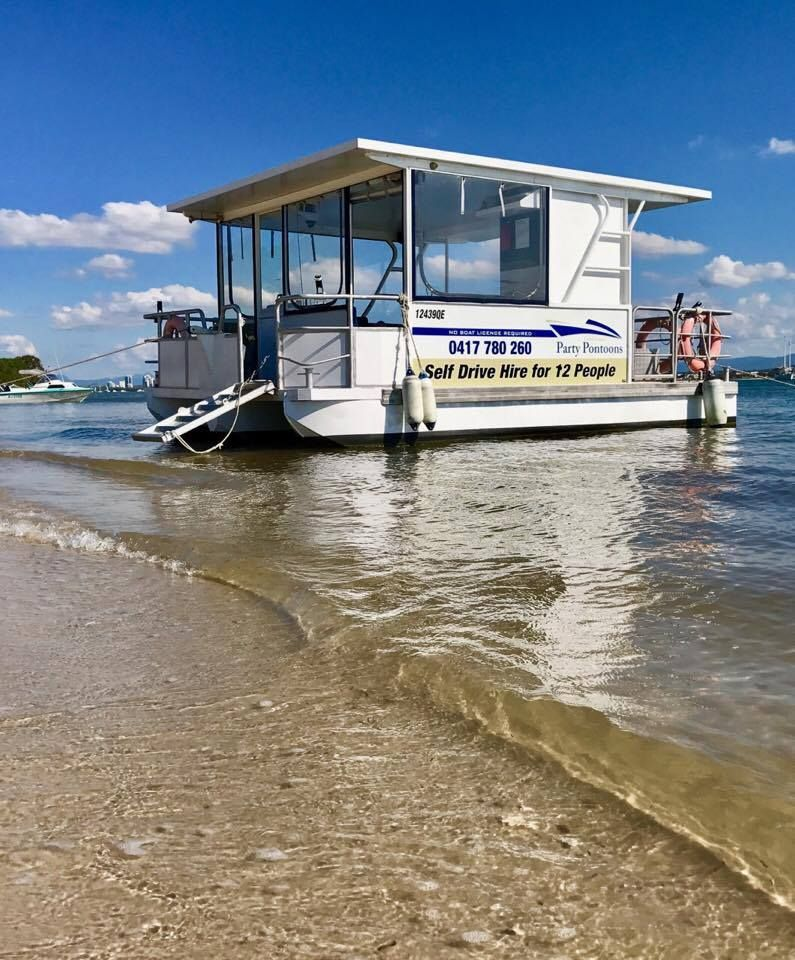 At Gold Coast Party Pontoons We Offer The Most Luxurious And Best Outfitted Hire Boats On The Gold Coast Broadwater Whether Boat Hire Pontoon Boat Gold Coast