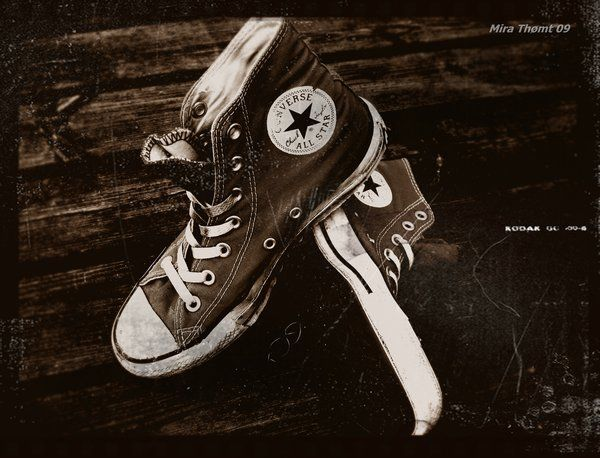 Old times converse shoes Photography Wallpaper HD iphone 5