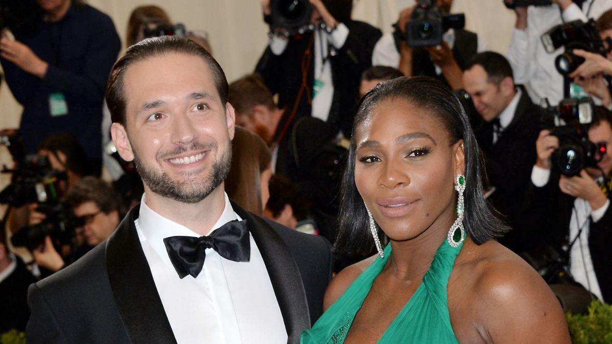 Hochzeit In New Orleans Serena Williams Heiratet Internetmillionar Mit Bildern Serena Williams Heiraten Gemischte Paare