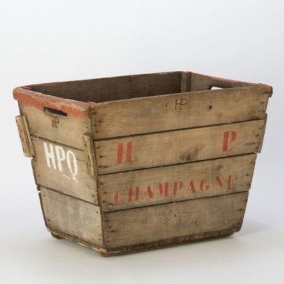 Vintage Champagne Crate in 2020   Storage furniture ...