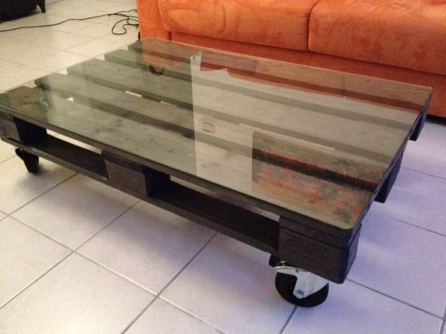 Table basse palette sur roulettes roulette meuble table - Palette en table basse ...