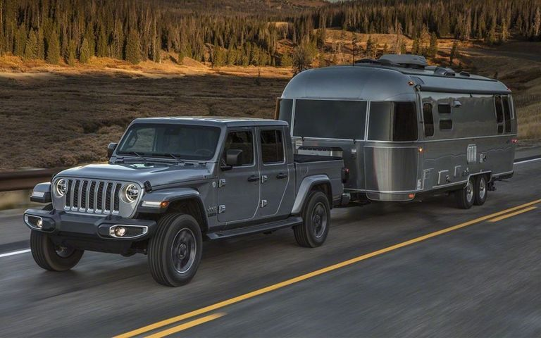 Jeep S First Pickup In 26 Years Has Arrived But Should You Buy It With Images Jeep Gladiator Pickup Trucks Jeep Wrangler