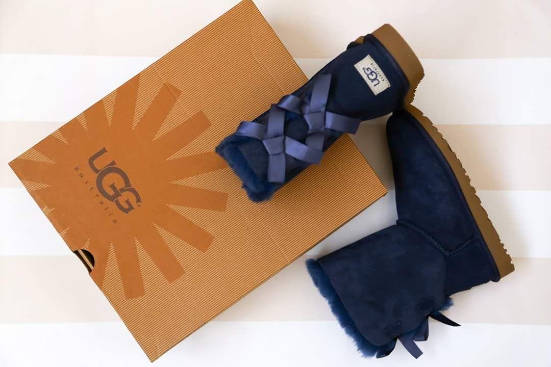 Ugg Azul Con Lazos