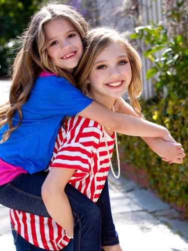 Maddie and mackenzie family pictures picture perfect pinterest maddie and mackenzie family pictures m4hsunfo