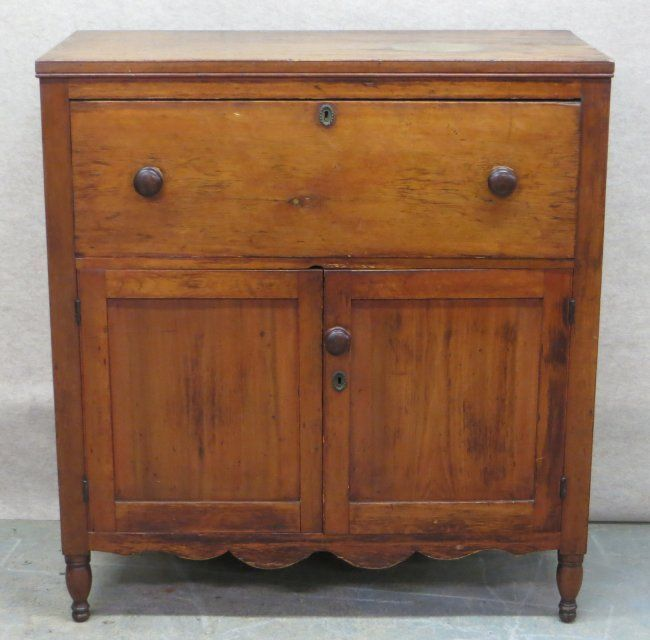 Hudson Valley pine jelly cupboard having 1 large drawer ...