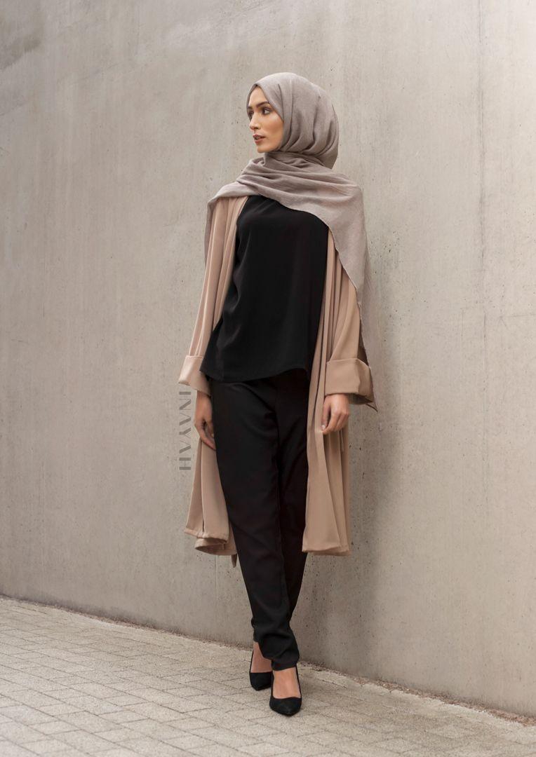 Pinterest  @txhiraaQ   Model pakaian hijab, Gaya busana, Kasual