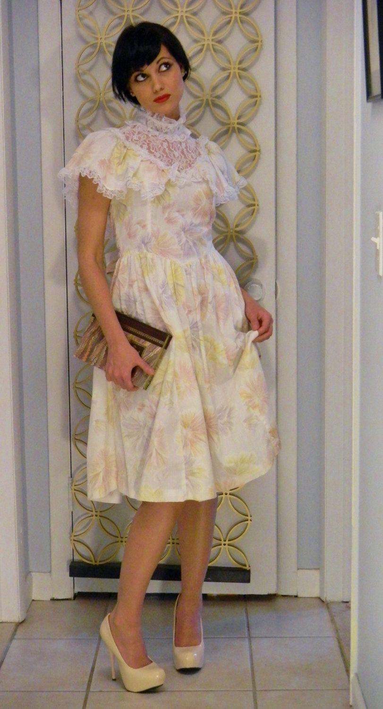 Vintage 1970s Sweet Prairie/Victorian Dress-Size 00