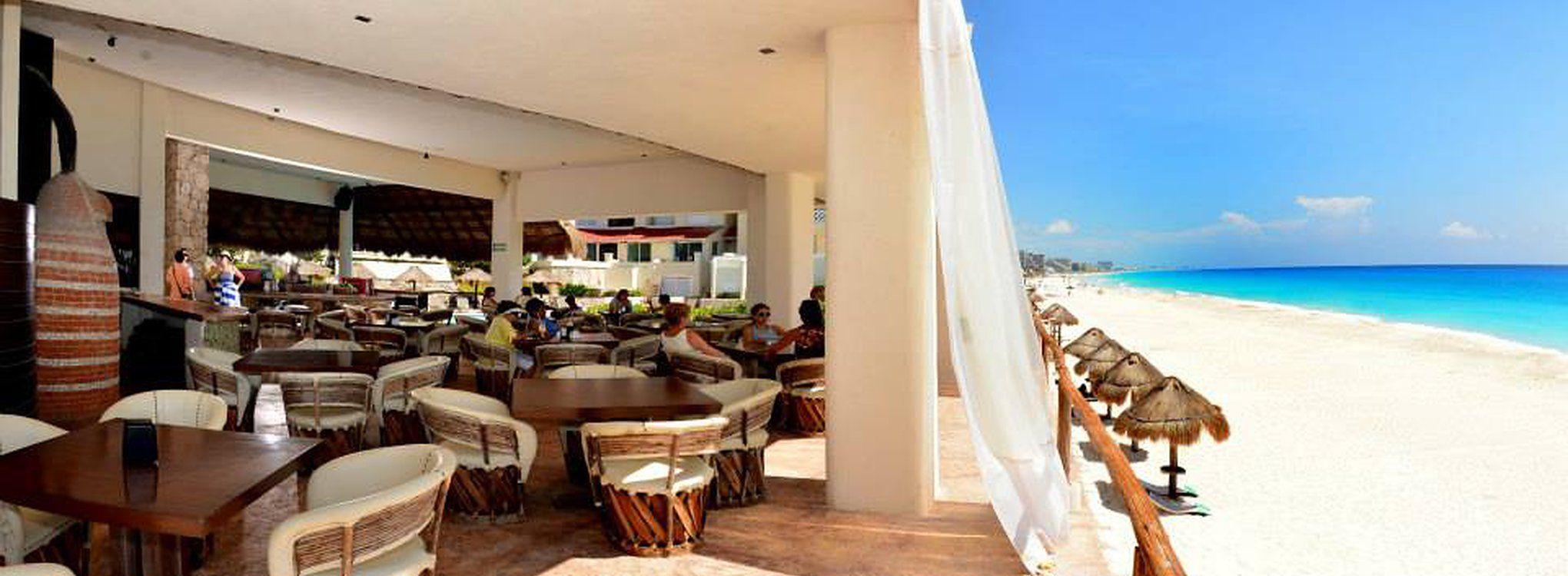 Ubicado en el norte de la zona hotelera de cancun, hotel familiar con dos albercas habitaciones vista al mar, estacionamiento y ofertas continuas reserva ya