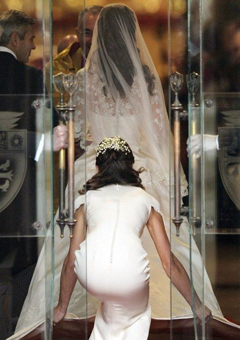 This is just an amazing picture of what it is like to walk down an isle
