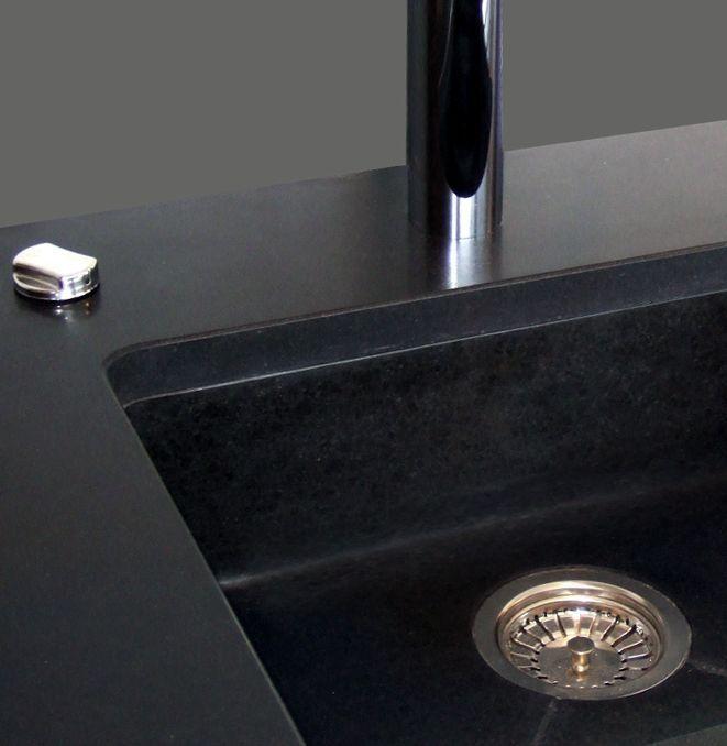 Grand vier sous plan en granit noir projets essayer pinterest evier sous plan plans - Evier sous plan de travail granit ...