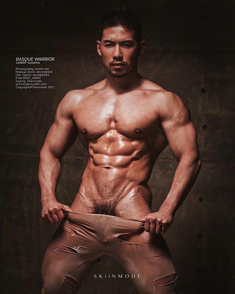 nude brazilian male hot body
