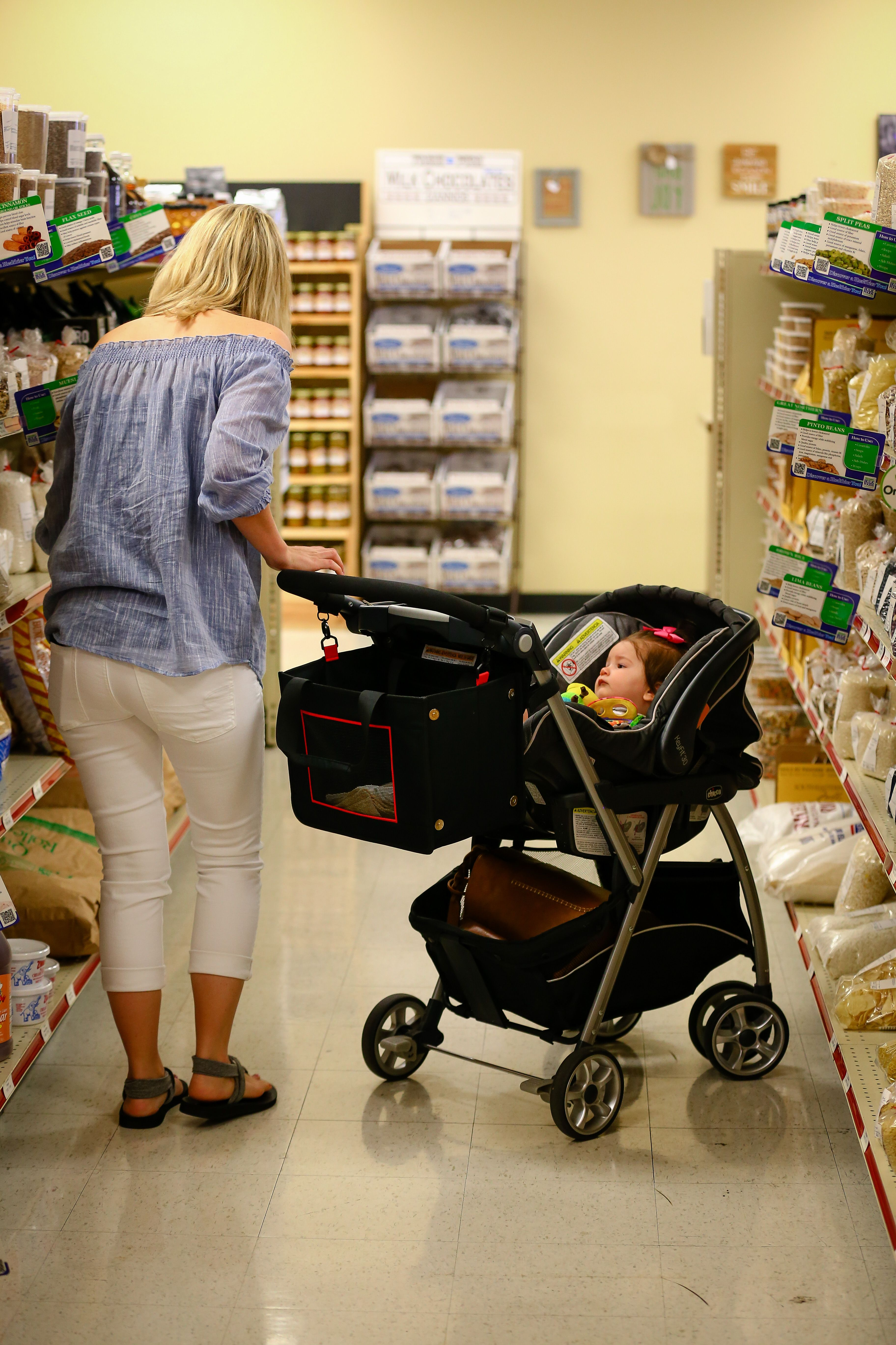 No more putting the baby carrier on the shopping cart