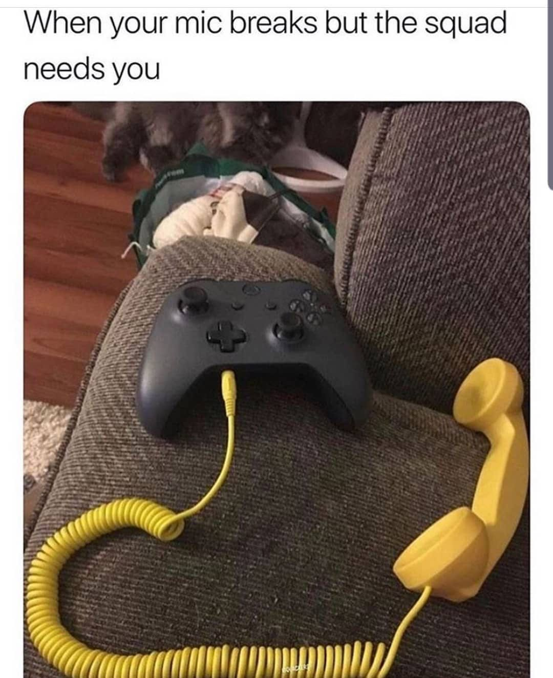 When Your Xbox Headset Breaks You Take One For The Team Xbox Xbox1 Gamer Controllerlife Controllergang Gaming Videoga Fresh Memes Memes Funny Comics