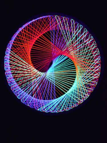 2D Stringart Spirale Neon Multivitamin Fadendeko Psy Deko