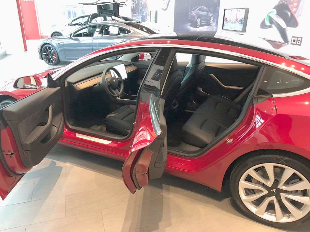 A must have Tesla Model 3 delivery checklist for every ...