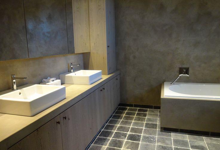 Pin by wooning keukens badkamers on stuc deco pinterest - Image deco badkamer ...