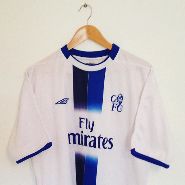 Chelsea away kit 2003 features in best retro kits 2021. (Image: Pinterest)