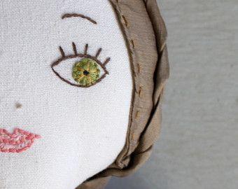 Una muñeca de pecho a medida